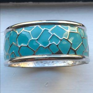 Jewelry - SALE🌟Cuff Bracelet